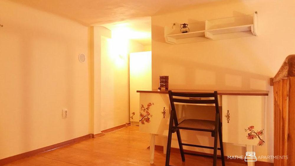 Mathe Apartments 1