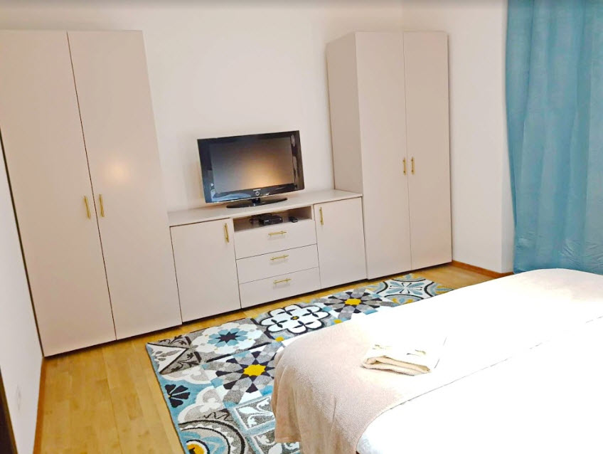 mathe apartments 6.5