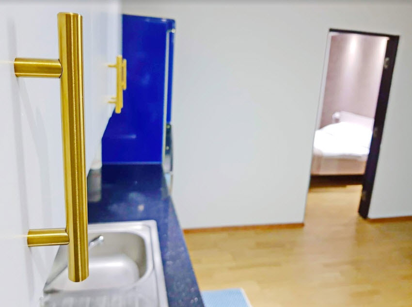 mathe apartments 6.7